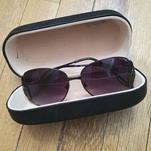 Vintage style rose/burgundy sunglasses